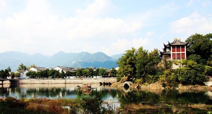 宁海与象山哪个经济总量更大_宁海象山石浦景区图片
