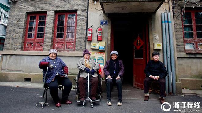 为邻64年,杭州4位90岁闺蜜相约一同过百岁